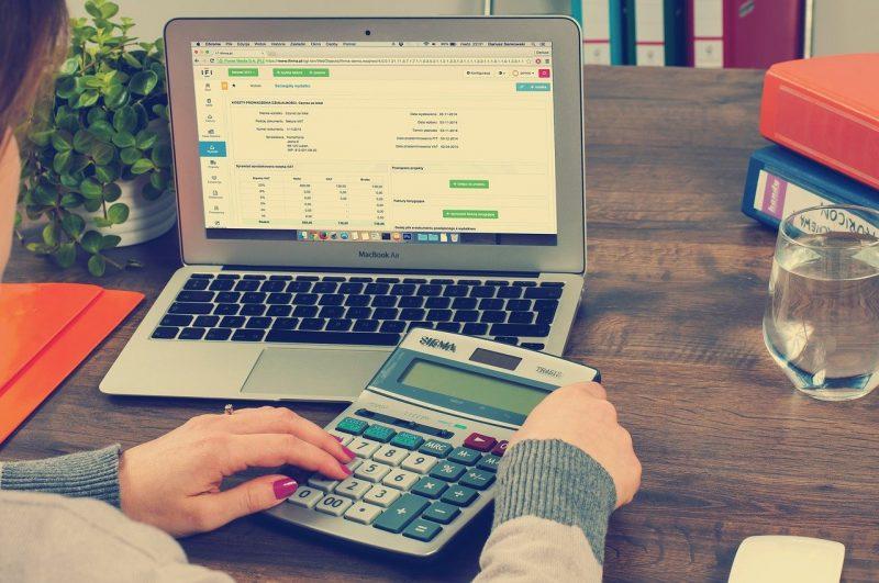 Etablir une facture à un client