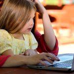 Est-il possible de télé-travailler avec les enfants à la maison ?