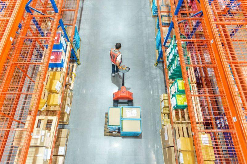visu logistique quelles sont les meilleures solutions de manutention.jpg